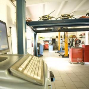 Werkstattservice - Fehlerdiagnose mit Diagnosetechnik, Diagnosezentrum